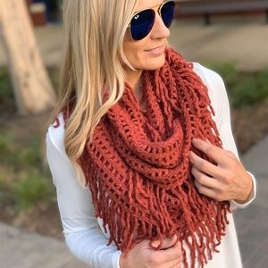 Brick Lattice Knit Fringed Infinity Scarf